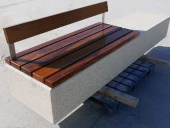 Monia bench